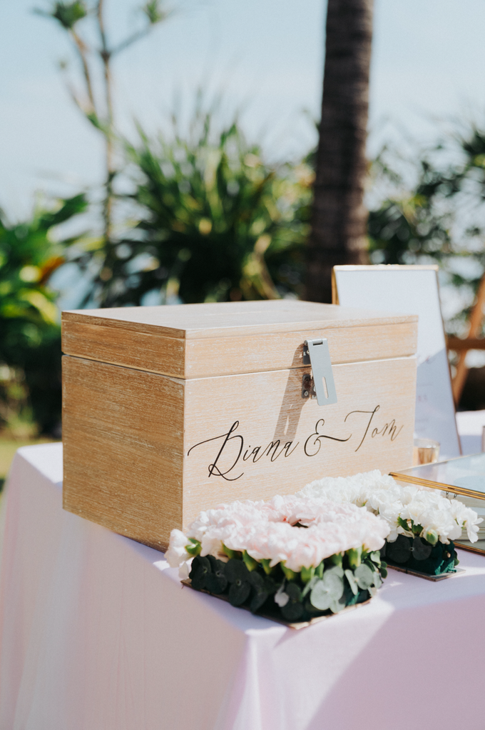 Glamorous Wedding at the Cliff of Uluwatu by The edge - 036