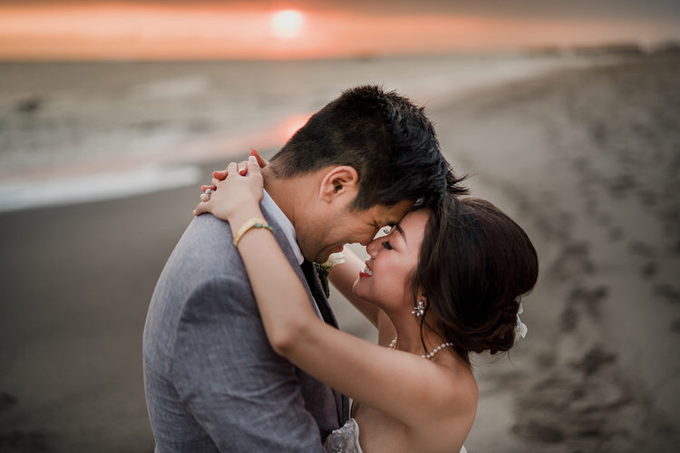 Intimate beach wedding at The Taman Ahimsa by Yeanne and Team - 002