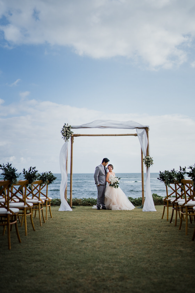 Intimate beach wedding at The Taman Ahimsa by Yeanne and Team - 004