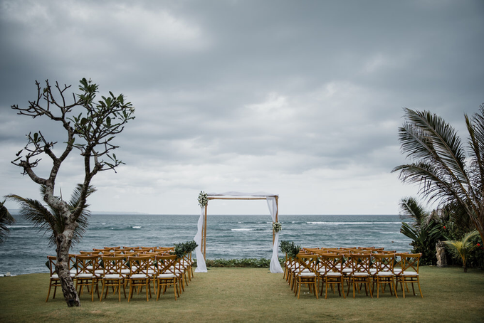 Intimate beach wedding at The Taman Ahimsa by Yeanne and Team - 007