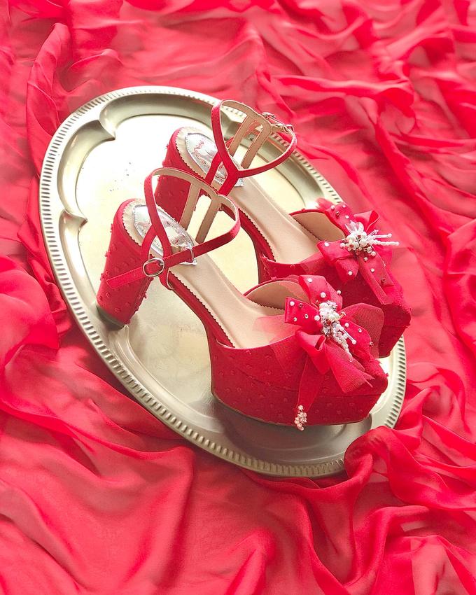 A POP OF RED by Aveda Footwear - 001