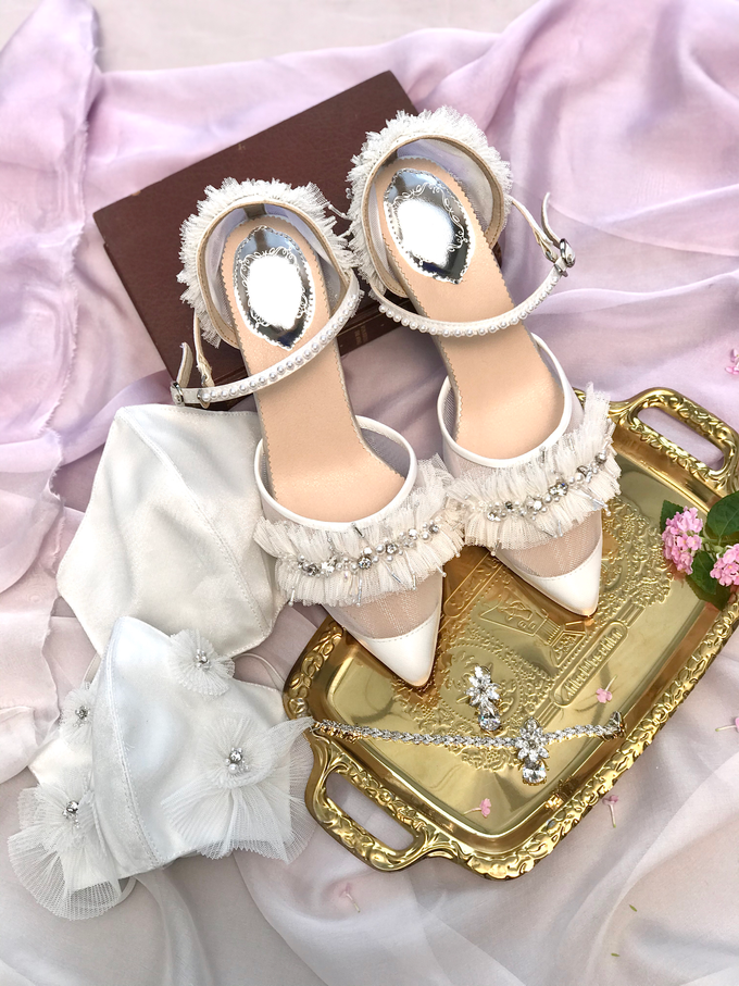 Customised Couple's mask with Wedding Shoes by Aveda Footwear - 003