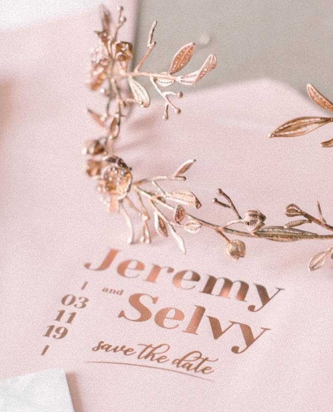 Jakarta wedding - Jeremy & Selvy by Trouvaille Invitation - 003