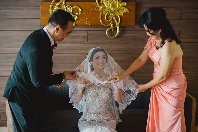 The Wedding of Devina & Awie by Gusde Photography - 006