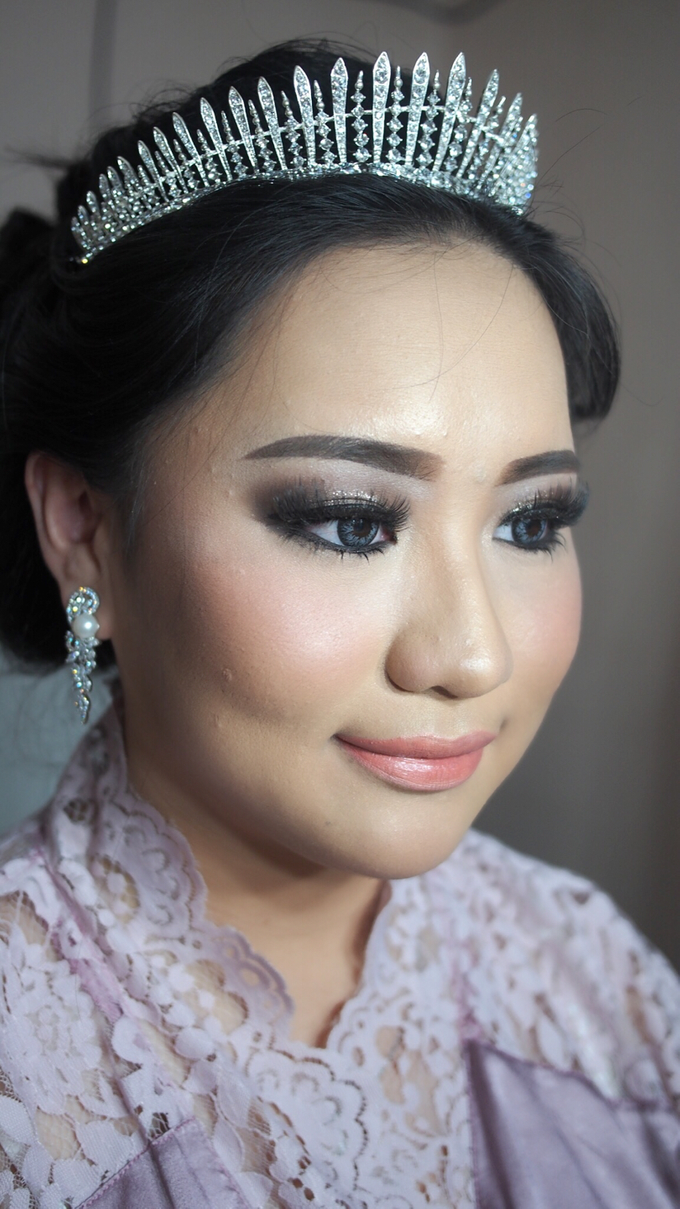 Victoria's Reception Look by ayrin makeup - 004