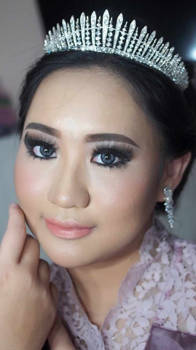 Victoria's Reception Look by ayrin makeup - 002