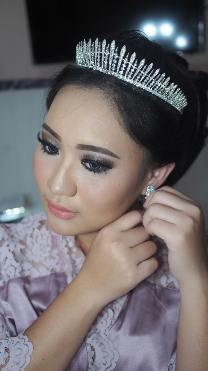 Victoria's Reception Look by ayrin makeup - 005