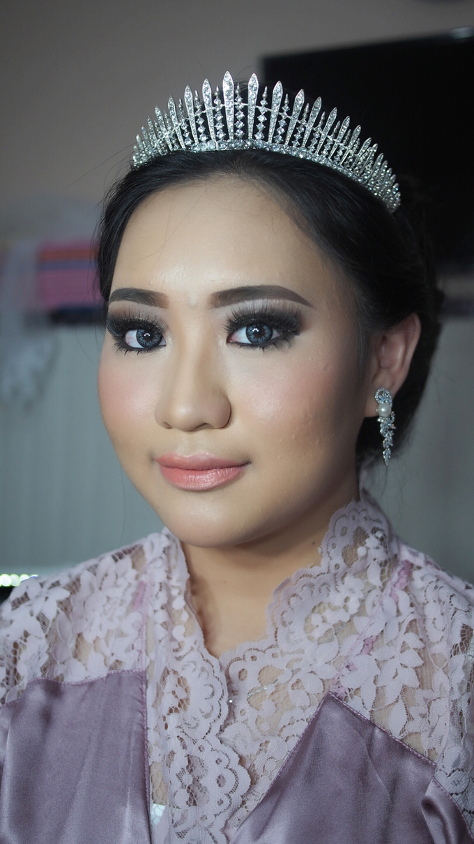 Victoria's Reception Look by ayrin makeup - 007