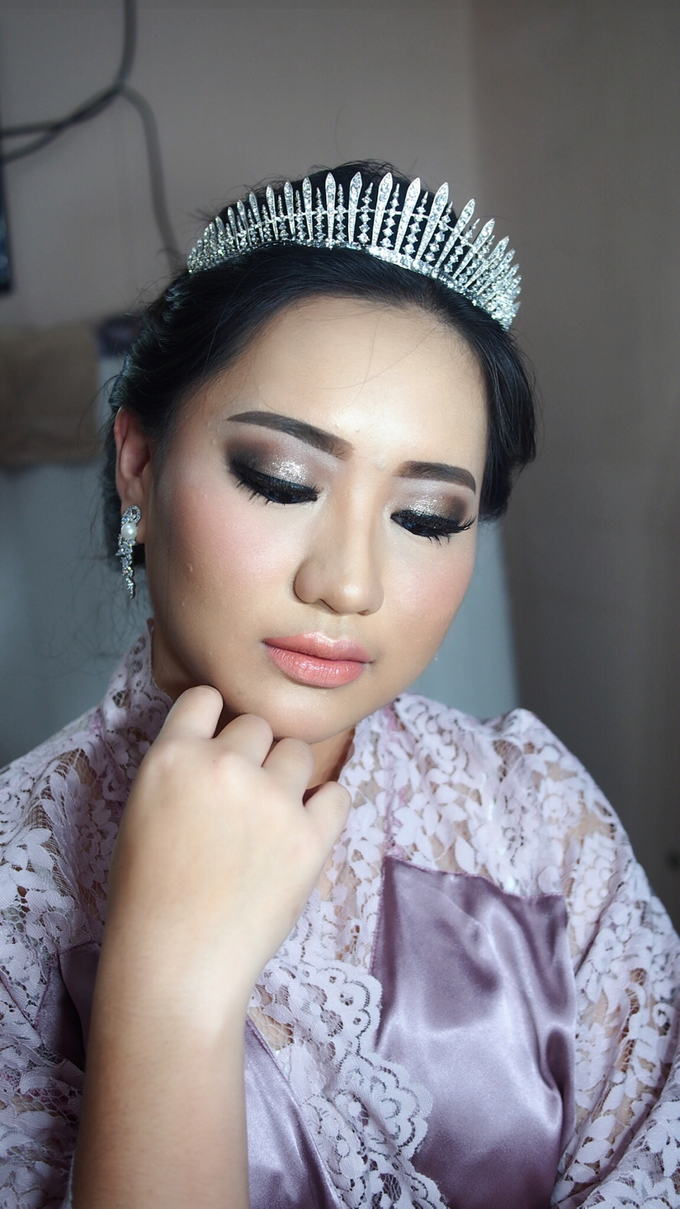 Victoria's Reception Look by ayrin makeup - 010