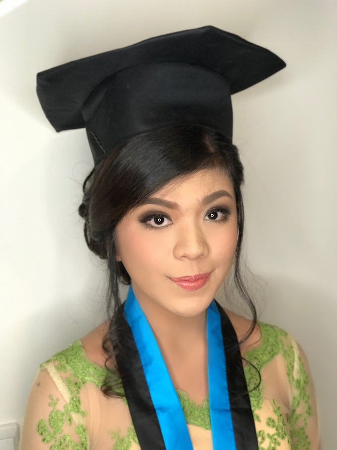 Graduation by AyuAbriyantimakeupartist - 038