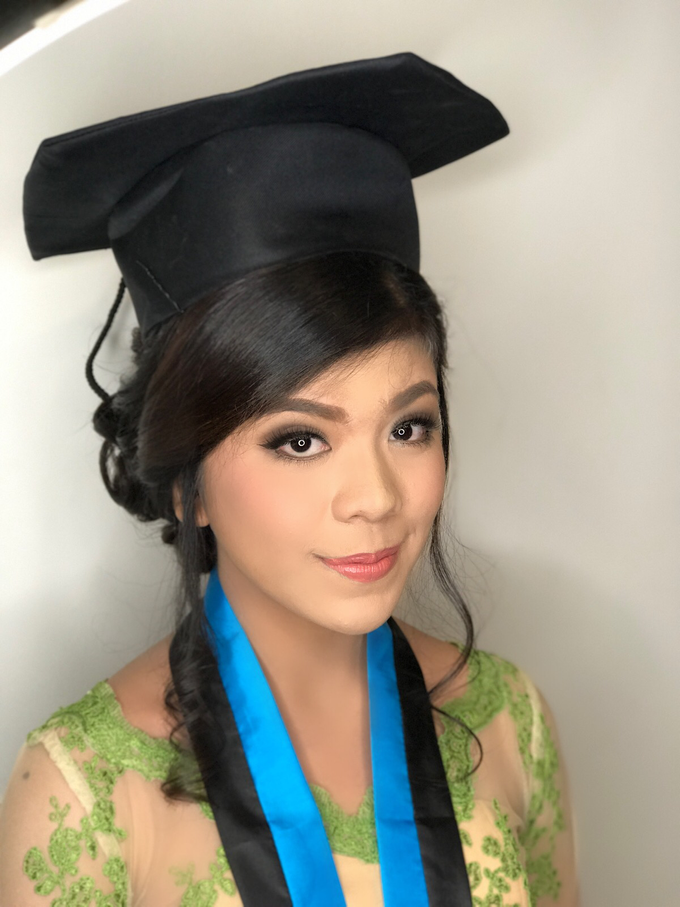 Graduation by AyuAbriyantimakeupartist - 037