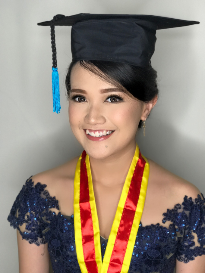 Graduation by AyuAbriyantimakeupartist - 042