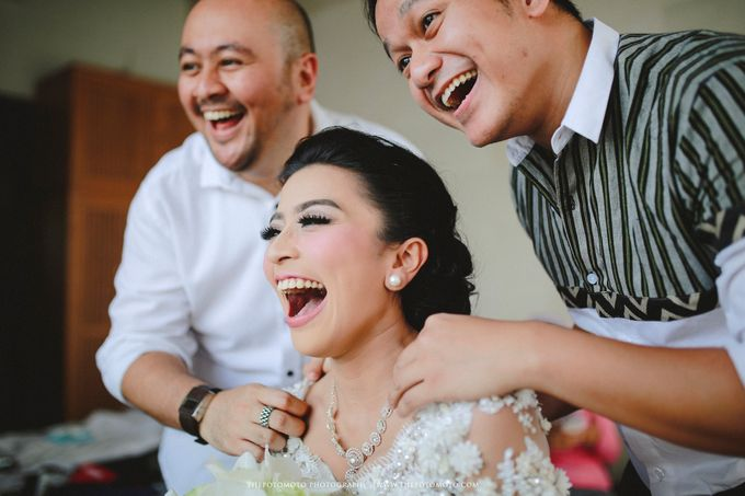 Ayu Hastari & Ryoichi Hutomo Wedding Day by Thepotomoto Photography - 005