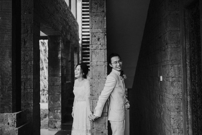 Chris & Calista Real Wedding at The Stone House by Tirtha by Tirtha Bridal - 009