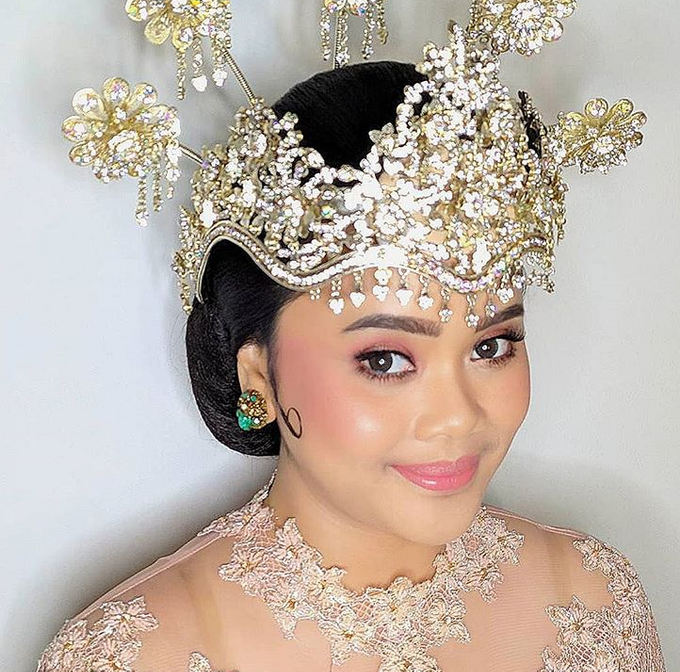 Traditional Ceremony by Make Up by Mutiara Fallahdani - 005