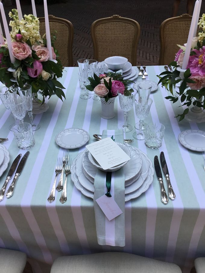 Flowers and stripes by C&G Wedding and Event Designer - 002