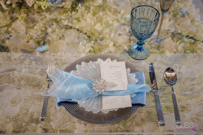Wedding decoration Bliss events x Weddingism China at Conrad Koh Samui by Conrad Koh Samui - 008