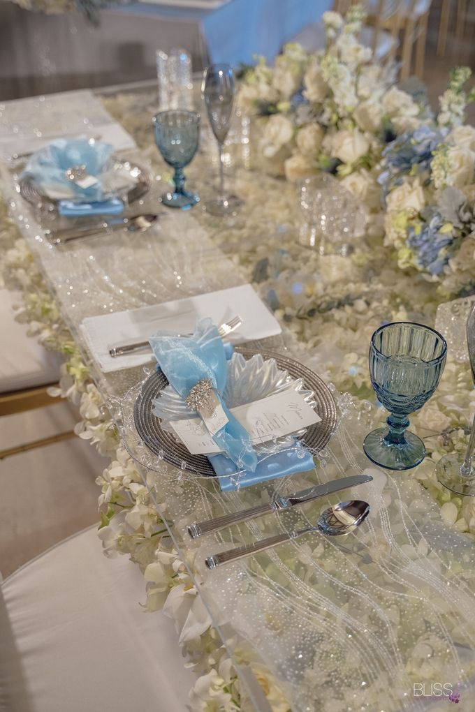 Wedding decoration Bliss events x Weddingism China at Conrad Koh Samui by Conrad Koh Samui - 011