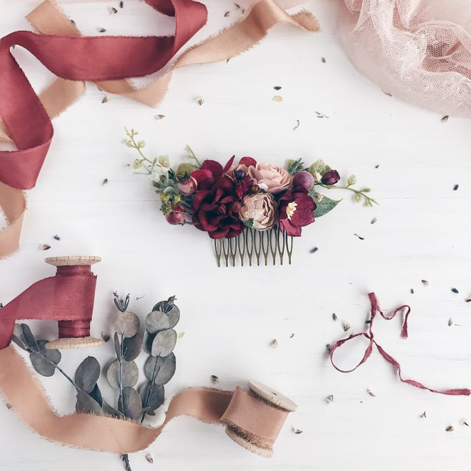 Flower hair comb by Serenity Wedding - 002