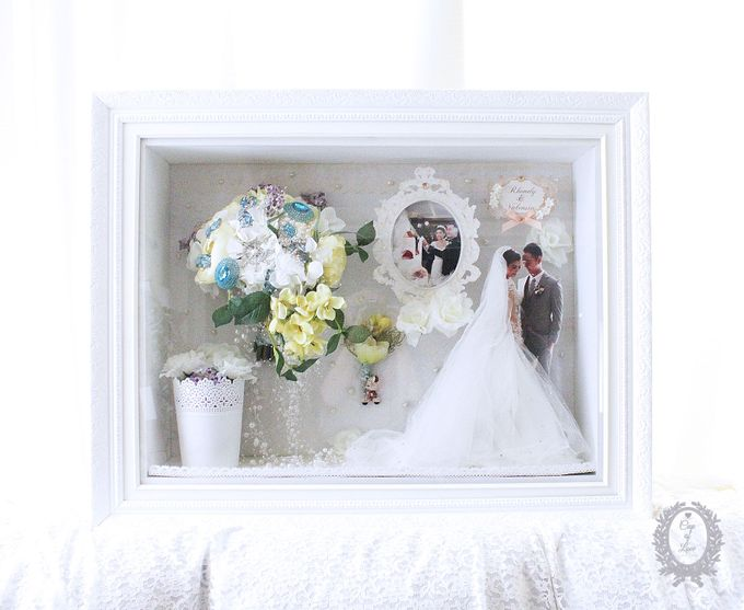 Frame Bouquet by Cup Of Love Design Studio - 006