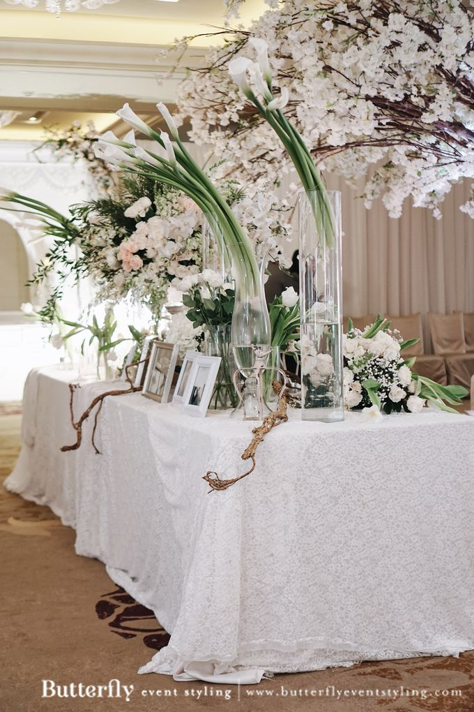 The Wedding of Hananto & Choerunissa by Butterfly Event Styling - 011