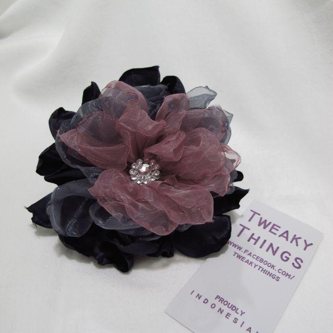 Flower brooch and hairclip by TweakyThings - 011
