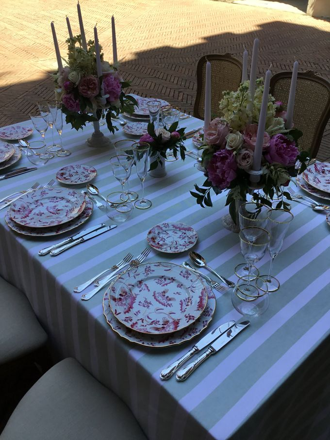 Flowers and stripes by C&G Wedding and Event Designer - 003