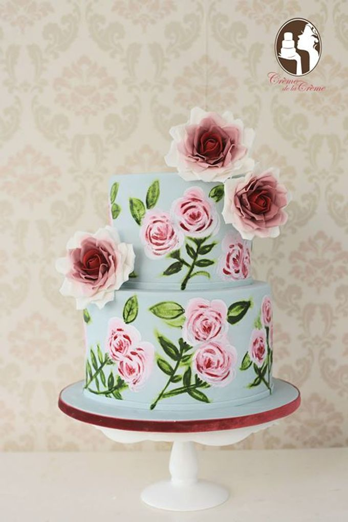 Hand Painted Roses Cake by Creme de la Creme Bali - 001
