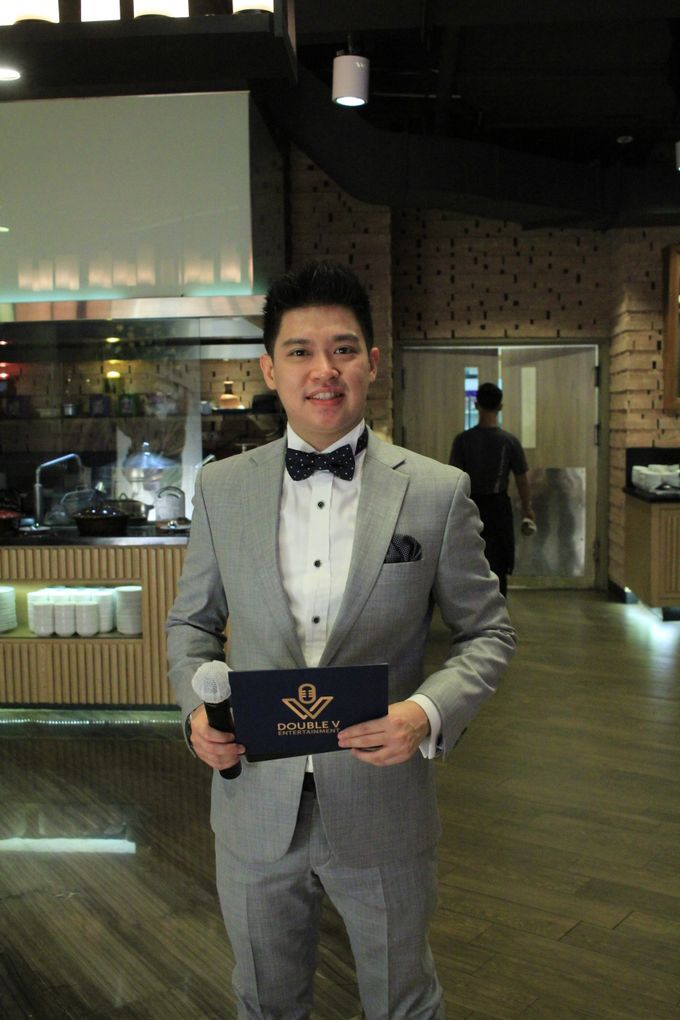 Jazz Wedding Entertainment - Double V  Entertainment with Anthony stevven MC  Intimate Open Restaurant Double Tree Jakarta by Anthony Stevven - 017