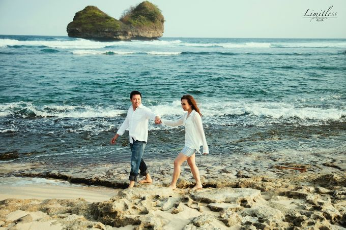 HENDY AND AMEL ENGAGEMENT PHOTOSHOOT by limitless portraiture - 012
