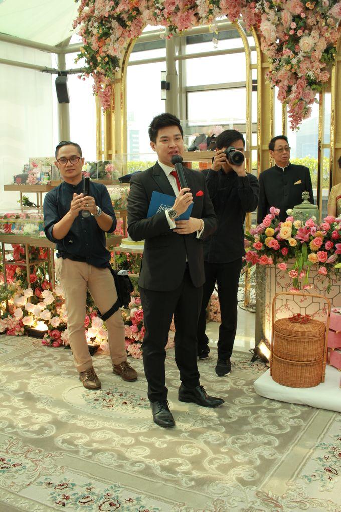 MC Sangjit & MC EngagementnThe Glass Terrace Grand Hyatt Jakarta  By Double V Entertainment by Anthony Stevven - 015