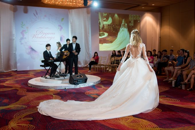 Bridal Gown Fashion Show At Mandarin Orchard Singapore by La Belle Couture Weddings Pte Ltd - 004