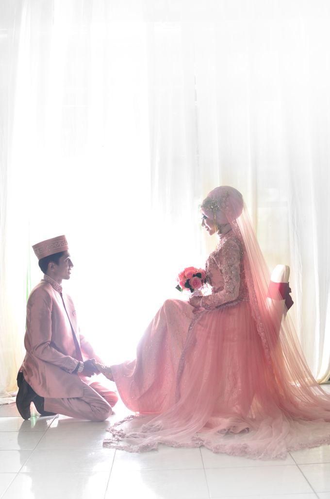 Ayu & Ari by mooi indie photograph - 001
