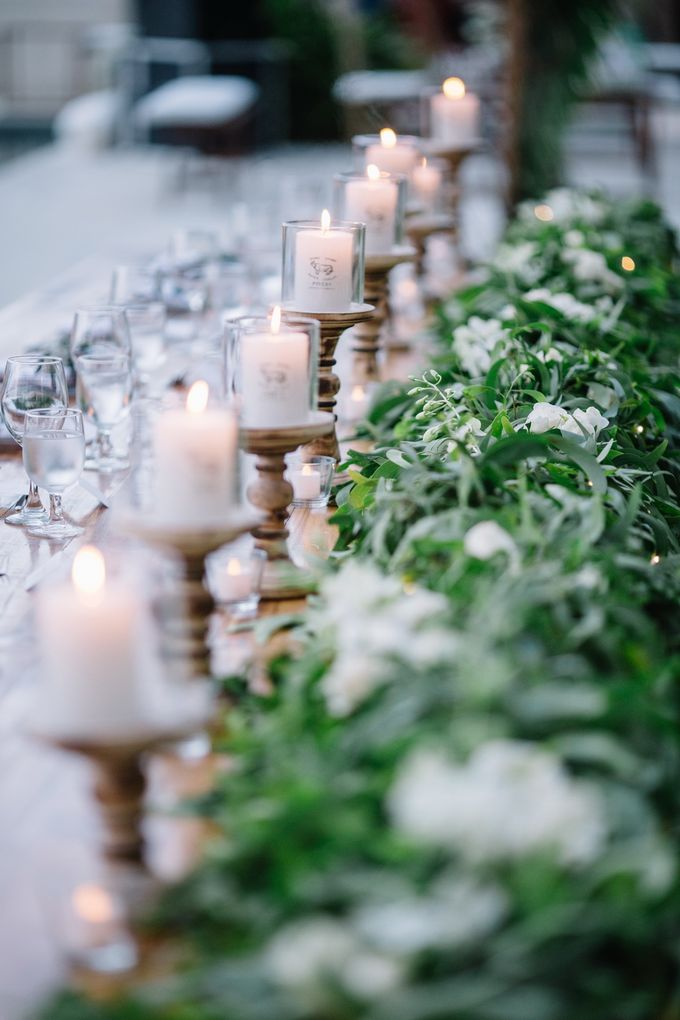 Tropical Green Glam by Louloudi Wedding & Events Stylist - 009