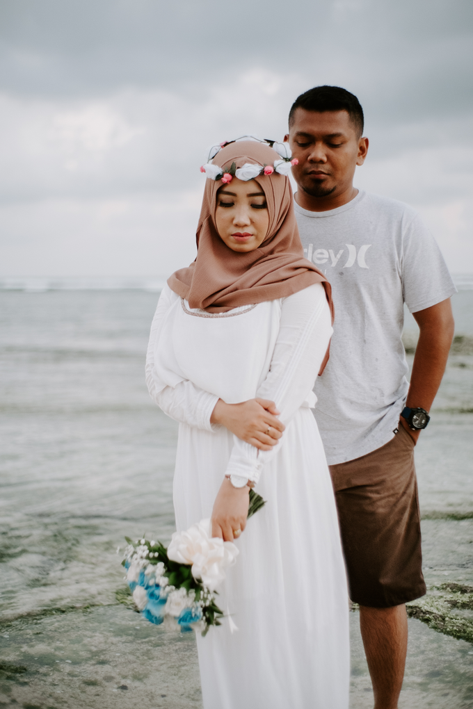 Prewedding Shoot at Melasti Beach by Bali Epic Productions - 001