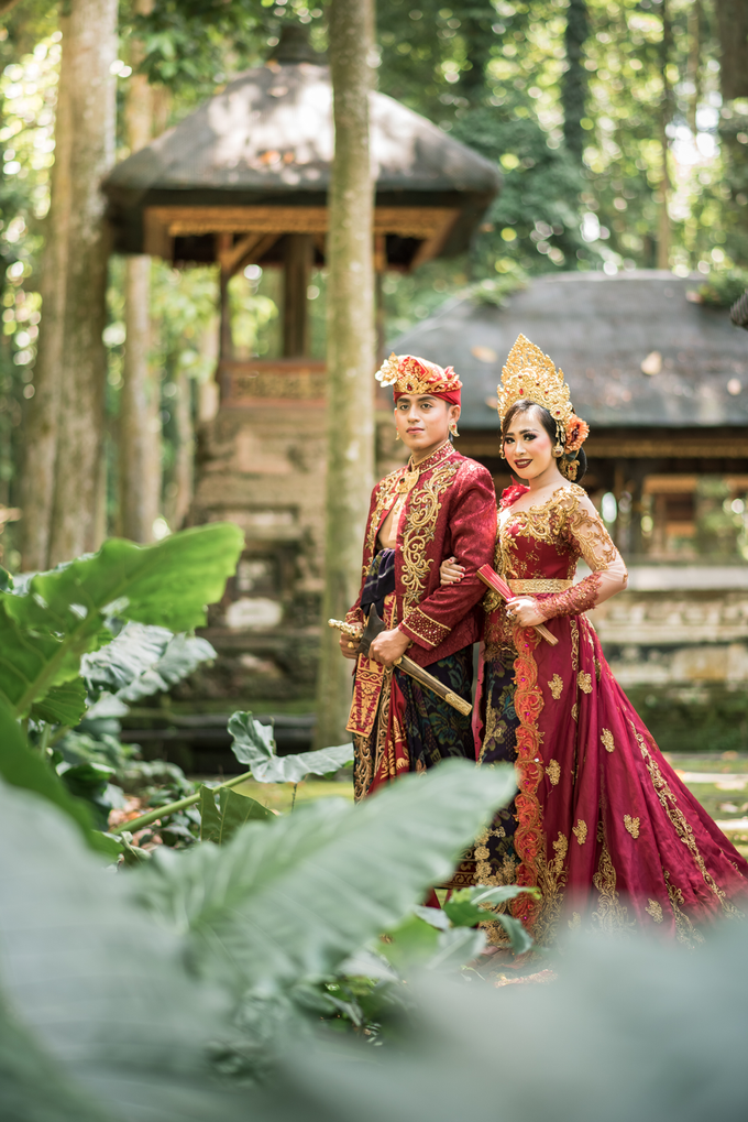 Prewedding at Sangeh - Bali by Bali Epic Productions - 005
