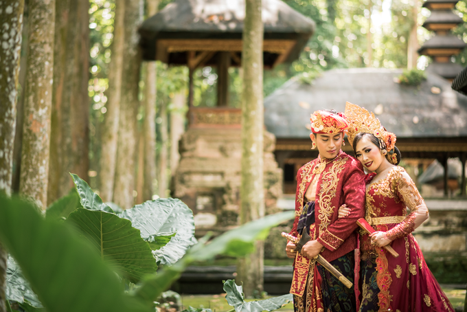 Prewedding at Sangeh - Bali by Bali Epic Productions - 001