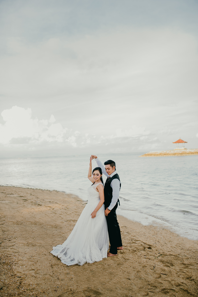 Prewedding at Sanur Beach Bali by Bali Epic Productions - 001