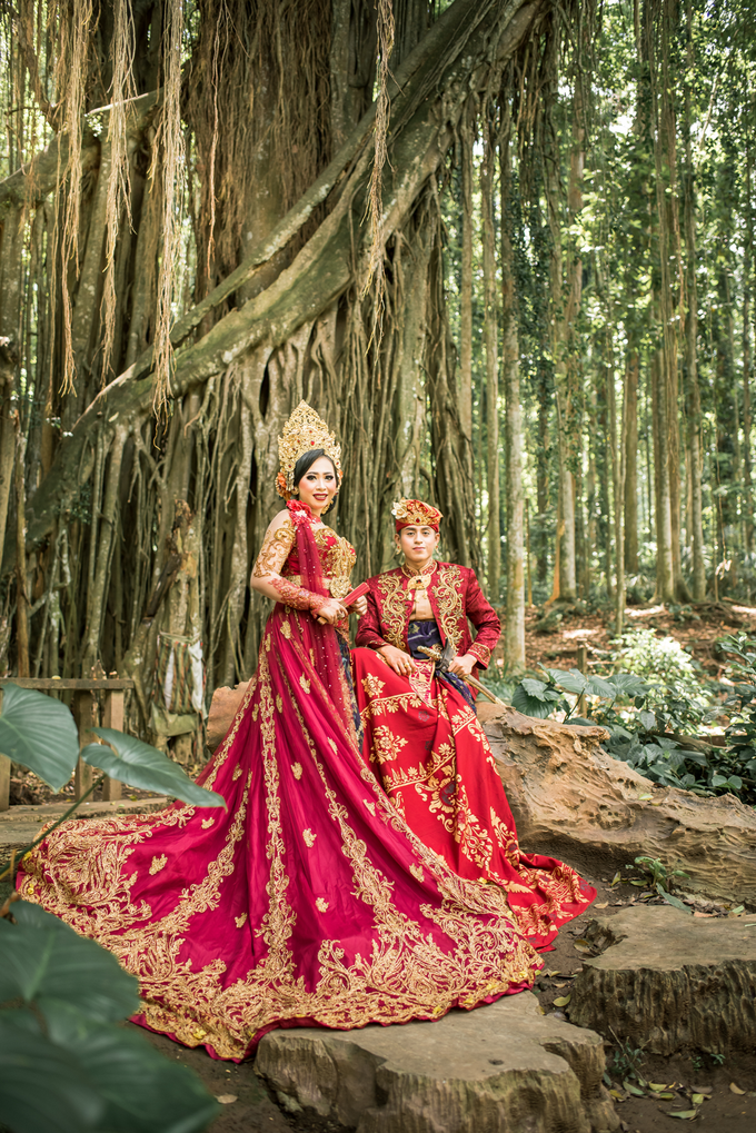Prewedding at Sangeh - Bali by Bali Epic Productions - 003