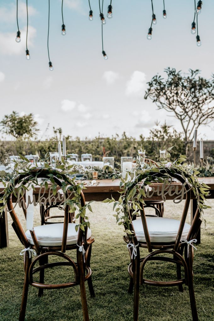 An intimate and private wedding in Bali by Hipster Wedding - 029