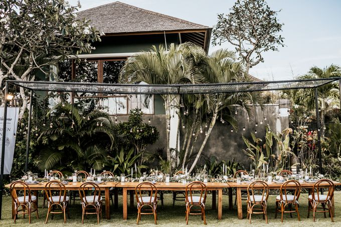 An intimate and private wedding in Bali by Hipster Wedding - 030