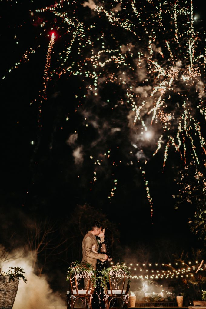 An intimate and private wedding in Bali by Hipster Wedding - 042