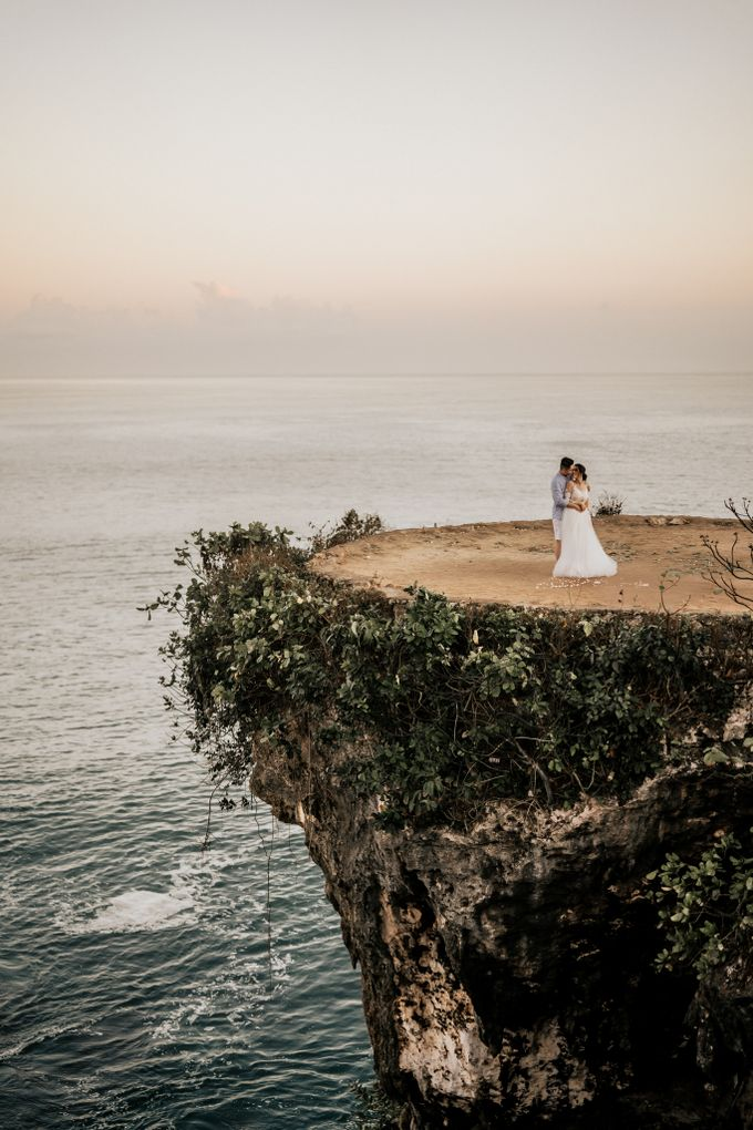 An intimate and private wedding in Bali by Hipster Wedding - 007