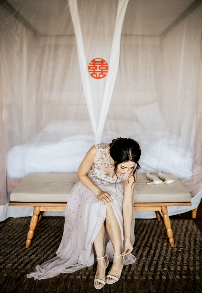An intimate and private wedding in Bali by Hipster Wedding - 010
