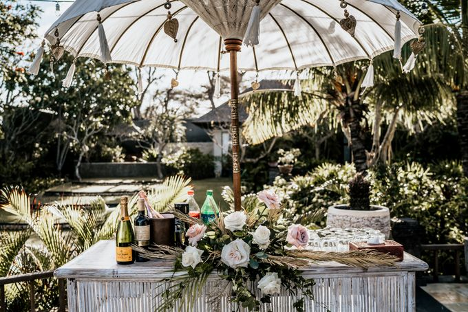 An intimate and private wedding in Bali by Hipster Wedding - 017