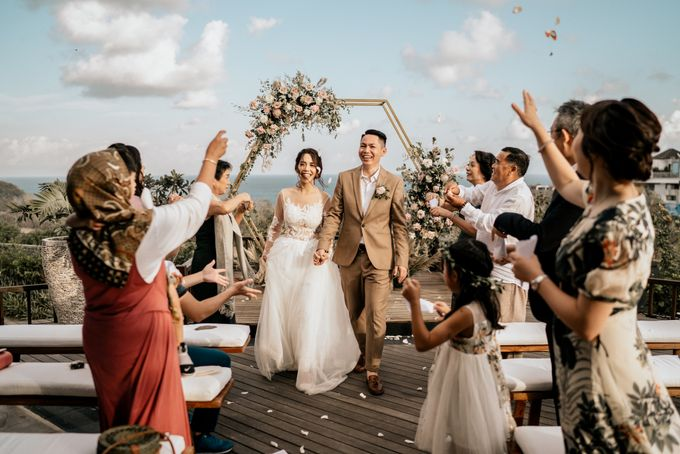An intimate and private wedding in Bali by Hipster Wedding - 023
