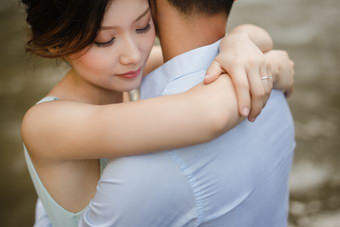 Foto pertunangan di tegenungan bali by Maxtu Photography - 013