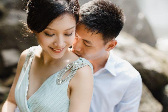 Foto pertunangan di tegenungan bali by Maxtu Photography - 018