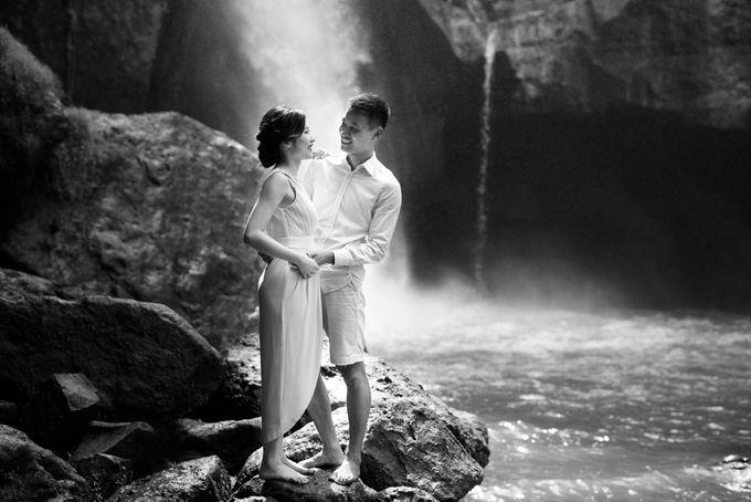 Foto pertunangan di tegenungan bali by Maxtu Photography - 022