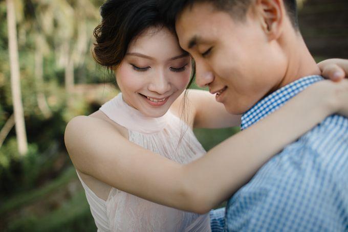 Foto pertunangan di tegenungan bali by Maxtu Photography - 005